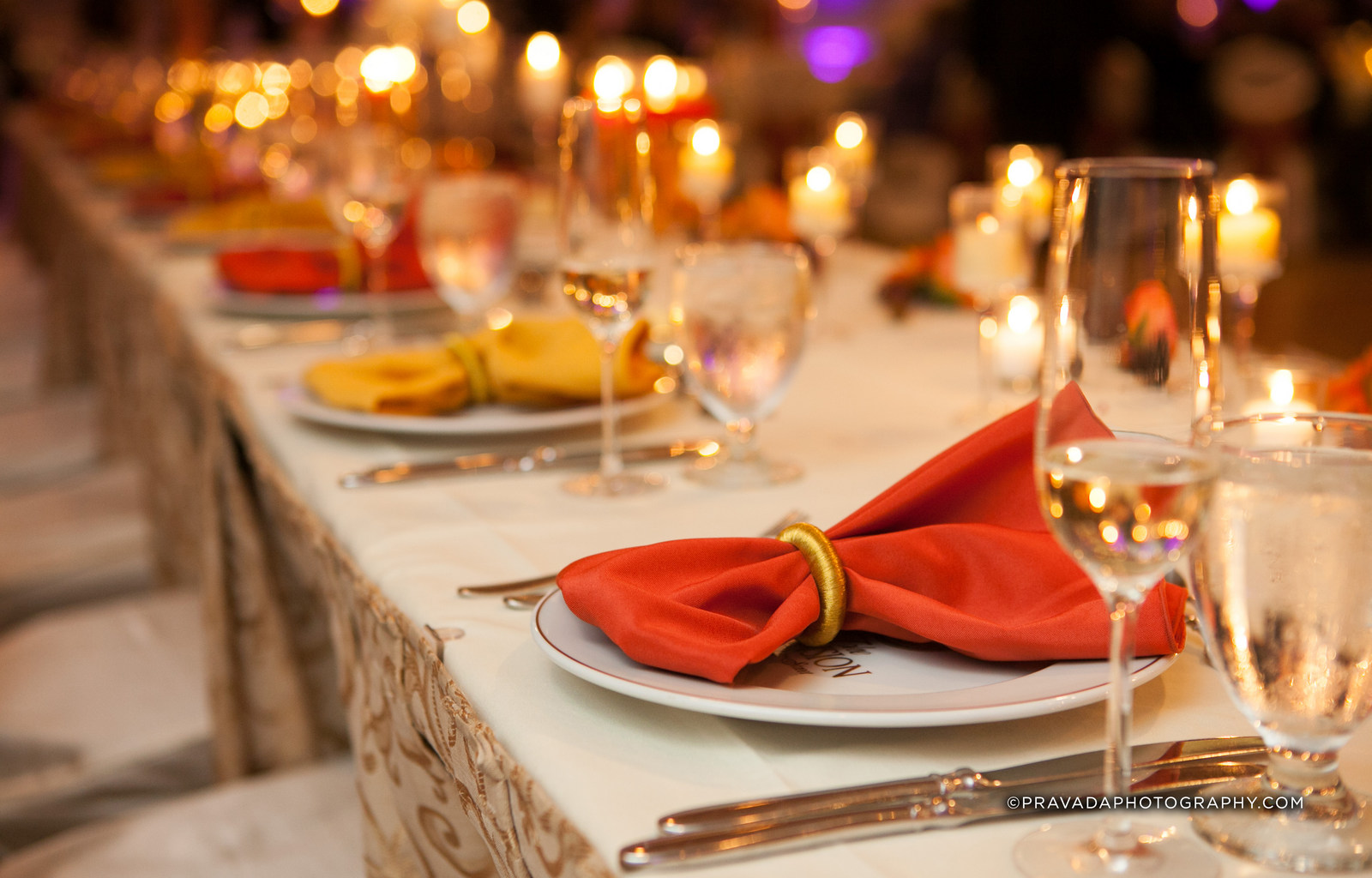 The Mansion on Main Street invites you to dine, dance and celebrate special moments with your loved ones, colleagues or charitable supports at our breathtaking venue.